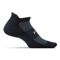 Feetures High Performance  Light Cushion No Show Tab - Black